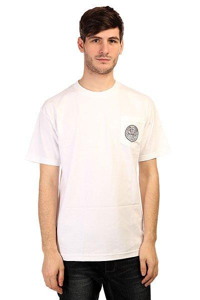 Футболка Creature Magic Pocket WhiteПринты в футболках Creature действительно неповторимы. Где еще Вы встретите такой пугающе-симпатичный рисунок на одежде? Только в Creature!Технические характеристики: Фасон стандартный (Regular fit).Нагрудный карман с принтом.Объемный принт на спине.<br><br>Цвет: белый<br>Тип: Футболка<br>Возраст: Взрослый<br>Пол: Мужской