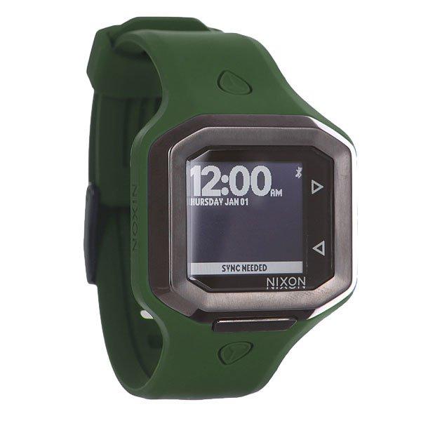Часы Nixon Ultratide Olive/GunmetalNixon Ultratide являются первыми в мире часами, сообщающими полную актуальную информацию о серф-спотах. Эти часы являются результатом серьезных исследований и разработок и эксклюзивного партнерства с Surfline. С помощью стандарта беспроводной связи Bluetooth часы синхронизируются с Вашим смартфоном и предоставляют полную актуальную информацию и выбранном или ближайшем серф-споте. Такого полезного объема информации не отображали еще не одни часы. И если Вы являетесь настоящим фанатом серфинга, тоNixon Ultaratide станут не просто стильным аксессуаром, но настоящим полноценным помощником в поисках серф-спотов. Характеристики:Сконструированный по индивидуальному заказу цифровой модуль с данными, представляемыми Surfline. Bluetooth для синхронизации с приложением, установленным на смартфон. Функция предоставления данных Surfline: актуальный рейтинг Surfline, текущая высота прибоя, текущая температура воды, текущая температура воздуха, текущая высота волны (свелла), прогнозируемая высота волны (свелла), направление волны, текущая погода (ясно или пасмурно), 48-часовой прогноз приливов и отливов в двух метриках. Автоматическая гео-локация (поиск ближайшего серф-спота). Режим оповещения о благоприятных для серифнга погодных условиях на выбранном споте.Возможность поделиться своими серф-сессиями через приложение Surfline. Отображение времени и даты на основном дисплее.Жидкокристаллический дисплей высокого разрешения.Прочный корпус из нержавеющей стали, упакованный в формованный полиуретан и силикон. Двойное уплотнение головок. Водонепроницаемость до 100 метров / 10 ATM. Задняя панель из нержавеющей стали с винтами из нержавеющей стали.Силиконовый браслет с запатентованной застёжкой.<br><br>Цвет: черный,зеленый<br>Тип: Электронные часы<br>Возраст: Взрослый<br>Пол: Мужской