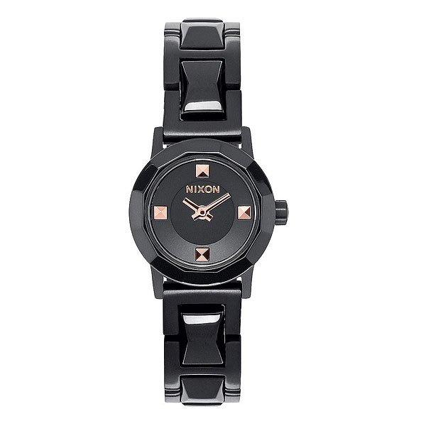 Часы женские Nixon Mini B Ss All Black/Rose GoldСтильные женские часы в мини-версии. Граненый циферблат и ремень делают часы строгими и современными.Технические характеристики: Японский кварцевый механизм.2 стрелки.Функции: часы, минуты.Корпус: нержавеющая сталь.Закаленное минеральное стекло.Водонепроницаемость 50 м - 5 атмосфер.Диаметр: 22 мм.<br><br>Цвет: черный<br>Тип: Кварцевые часы<br>Возраст: Взрослый<br>Пол: Женский