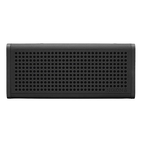 Колонка Nixon Blaster Pro All BlackСделайте свою жизнь более насыщенной с  ясным, четким звуком, Bluetooth технологиями и отличным дизайном.Технические характеристики: Bluetooth подключение позволяет слушать музыку без проводов.Беспроводной диапазон - 10 метров.Мощность - <br>5В RMS x 2.Частота - 200 - 20000 Гц.Водонепроницаемые и ударопрочные.Возможно соединить два динамика для стерео звука. Аккумуляторная батарея с дополнительной емкостью до 10 часов.Удобные кнопки громкости и воспроизведения для дистанционного управления вашей музыкой.Вспомогательный стерео вход для подключения проводных устройств с помощью прилагаемого аудио кабеля.В комплект входит - USB кабель для зарядки, AUX аудио кабель,USB адаптер.<br><br>Цвет: черный<br>Тип: Колонка
