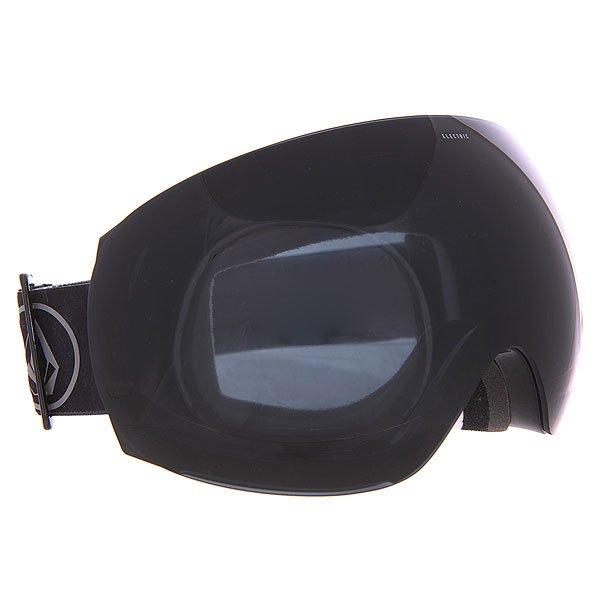 Маска для сноуборда Electric Eg3 Volcom Co-lab+Jet BlackДолгожданная маска, разработанная на основе EG2, с уникальным креплением линз непосредственно поверх оправы. Вариант для райдеров, которые хотят получить самый лучший периферийный обзор в превосходной форме.Характеристики:100% защита от ультрафиолета (UV). Двойные сферические поликарбонатные линзы, крупные. Покрытие, устойчивое к образованию царапин. Противотуманное покрытие. Антибликовое покрытие. Поляризованные линзы. Линза гибкая, устойчива к деформации. Бонусная линза в комплекте (+BL).Конструкция из термопластичного уретана. Более толстая оправа, по сравнению с EG2. Уникальнаясистема крепления, которая позволяет менять линзу ещё быстрее.Линза крепится в паз, расположенный на всей длине оправы. Слой из трёхслойного вспененного материала по контуру, эргономично спроектированного под лицо.Силиконовые вставки с внутренней стороны, предотвращающие соскальзывание.Регулируемый ремешок, шириной 43 мм. Совместима со шлемами.Сменная прозрачная линза в комплекте.В комплекте чехол из замши.<br><br>Цвет: черный<br>Тип: Маска для сноуборда<br>Возраст: Взрослый<br>Пол: Мужской