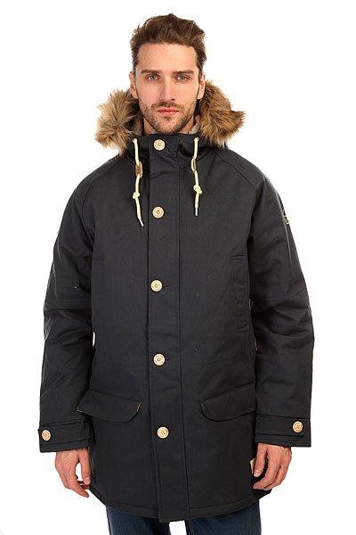 Куртка парка Запорожец Ditch Parka Dark NavyЗимняя куртка от российского бренда Запорожец, вдохновлённого советским наследием нашей страны. Плотная хлопковая ткань со специальной водоотталкивающей и ветрозащитной пропиткой дополнена тёплой подкладкой с внутренней части, что обеспечивает комфорт и тепло даже в сильные морозы. Куртка обладает традиционным, слегка удлинённым силуэтом, застёжкой на молнии с ветрозащитной планкой и множеством карманов. Рукав-реглан, трикотажные манжеты, регулируемые паты и удобный капюшон с меховой опушкой. Куртка представлена в нескольких однотонных расцветках, украшенных нашивкой с изображением логотипа бренда и металлическими пуговицами с брендингом.Характеристики:Водоотталкивающая обработка. Тёплая подкладка. Комфортный крой. Утеплитель парки — isoflex 140 грамм.Множество карманов. Металлическая молния с ветрозащитной планкой.  Трикотажные манжеты. Однотонная расцветка.<br><br>Цвет: синий<br>Тип: Куртка парка<br>Возраст: Взрослый<br>Пол: Мужской