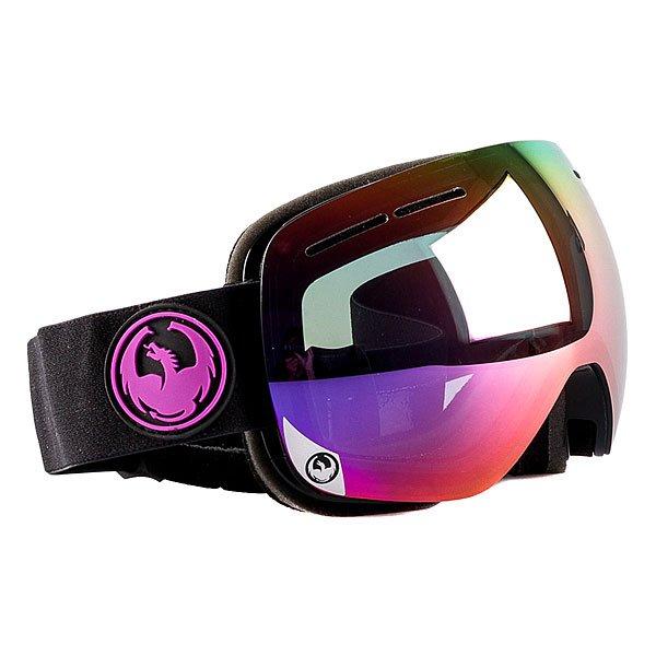 Маска для сноуборда Dragon X1s Jet/Purple Ion Yellow Red Ion OneМаска Dragon X1s - младший собрат маски X1, отличающийся только размером, подходящим большему количеству людей.Надежнаяи невероятно стильнаямаскасо сферической линзой из поликарбоната защитит Ваши глаза от солнца и ветра. Dragon X1s имеет средниегабариты и обладает великолепным периферийным и вертикальным обзором. Приятным и далеко не самым маловажным дополнением является обработка линз против запотеванияSuper Anti-Fog, которая в сочетании с надежной системой вентиляцииArmored Ventilation не позволит Вам ни на секунду отвлечьсяот катания на склоне или в полях пухляка.Характеристики:Надежная система вентиляции Armored Ventilation. Безоправная конструкция. Сферические линзы из поликарбоната. Покрытие Super Anti-Fog предотвращает запотевание линзы. Трехслойная пена с гипоаллергенной подкладкой из микрофлиса. 100% защита от ультрафиолета. Улучшенная циркуляция воздуха. База кривизны линзы 6: превосходная четкость без искажений. Регулируемый ремешок. Маска совместима со шлемом. Medium Fit - маска среднего размера.<br><br>Цвет: черный,фиолетовый<br>Тип: Маска для сноуборда<br>Возраст: Взрослый<br>Пол: Мужской