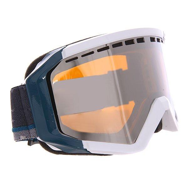 Маска для сноуборда Quiksilver Q1 WhiteСовременная и удобная маска, которая идеально подойдет к Вашей голове и к Вашему стилю.Технические характеристики: 100% защита от ультрафиолетовых лучей.Полиуретановая оправа со встроенной системой вентиляции.Цилиндрические линзы из поликарбоната с покрытием против царапин.Противотуманное покрытие Anti-fog.Вентиляционные отверстия.Тройной слой пены для максимального комфорта.Совместима со шлемом.Широкий регулируемый ремешок.Изготовлена в Италии.<br><br>Цвет: белый<br>Тип: Маска для сноуборда<br>Возраст: Взрослый<br>Пол: Мужской