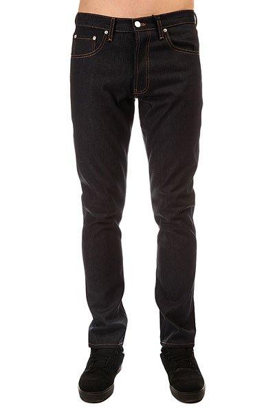 Джинсы прямые Stussy Usa Raw Denim IndigoКлассические прямые джинсы от любимого бренда.Характеристики:Петли под пояс. Классический 5-тикарманный фасон. Застежка – молния + пуговица.<br><br>Цвет: синий<br>Тип: Джинсы прямые<br>Возраст: Взрослый<br>Пол: Мужской