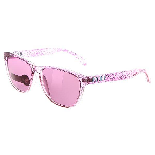 Очки женские Roxy Uma Pink/FlashСтильные очки для стильных леди.Характеристики:Оправа из гриламида.Оптически корректные поликарбонатные линзы.6-тислойное покрытие против царапин.3 категория защиты линз от очень ярких солнечных лучей. 100% защиты от УФ-лучей (UV A, UVB). Оправа среднего размера. Мягкая защитная сумочка в комплекте.<br><br>Цвет: розовый<br>Тип: Очки<br>Возраст: Взрослый<br>Пол: Женский