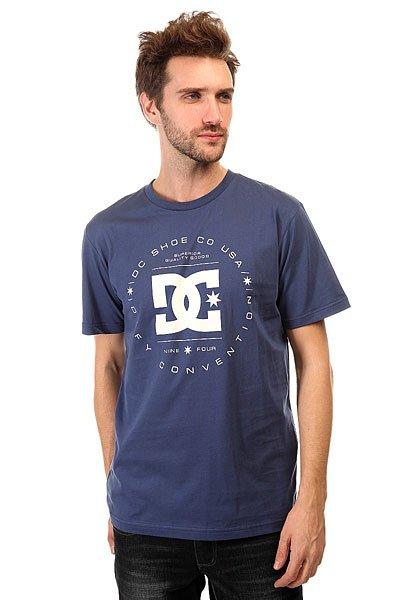 Футболка DC Rebuilt Tees Vintage IndigoУдобная футболка DC, выполненная изхлопка - настоящий маст-хэв для любителей катания на различных досках и поклонников DC Shoes.Характеристики:Круглый вырез. Короткий рукав. Фирменный принт на груди, выполненный по технологии Softhand.<br><br>Цвет: синий<br>Тип: Футболка<br>Возраст: Взрослый<br>Пол: Мужской