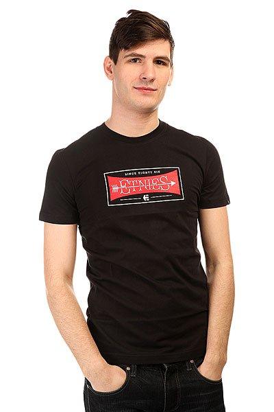 Футболка Etnies Rottin Apple Tee BlackСтильная мужская футболка с креативным логотипом на груди от известного скейтбордического бренда Etnies.Технические характеристики: Короткий рукав.Приталенный крой.Яркий логотип бренда на груди.<br><br>Цвет: черный<br>Тип: Футболка<br>Возраст: Взрослый<br>Пол: Мужской