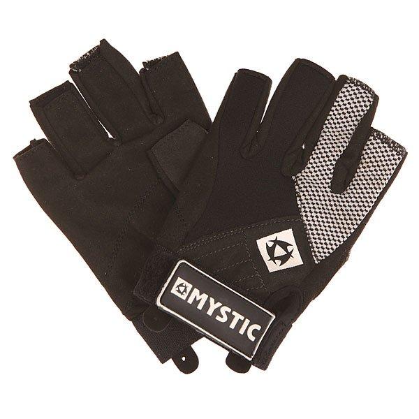 Перчатки (гидро) детский Mystic Neo Rash Glove Junior AssortedНеопреновые перчатки с короткими пальцами защитят от ветра, песка и соли и помогут избежать раздражения на коже.Технические характеристики: Короткие пальцы.Нескользящие ладони Amara.Швы Overlock.Застежка Velcro.<br><br>Цвет: черный<br>Тип: Перчатки (гидро)<br>Возраст: Детский