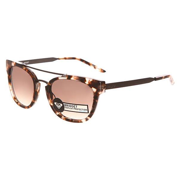 Очки женские Roxy Bridget Ator TortoiseСтильные очки для стильных леди. Характеристики:Оправа из гриламида. Оптически корректные поликарбонатные линзы. 6-тислойное покрытие против царапин. 3 категория защиты линз от очень ярких солнечных лучей. 100% защиты от УФ-лучей (UV A, UVB). Оправа среднего размера. Мягкая защитная сумочка в комплекте.<br><br>Цвет: серый,черный<br>Тип: Очки<br>Возраст: Взрослый<br>Пол: Женский
