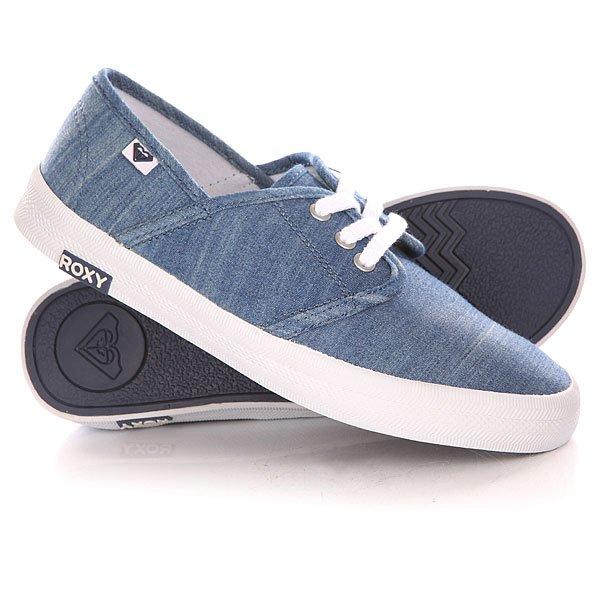 Кеды кроссовки низкие женские Roxy Hermosa Ii J Shoe Light BlueНизкие кеды Hermosa II в однотонном дизайне с контрастными шнурками - новинка из коллекции обуви Roxy.Технические характеристики: Текстильный верх.Мягкие хлопчатобумажные шнурки с металлическими люверсами.Цельный носок.Парусиновая набивная стелька.Гибкая вулканизированная подошва.Каучуковый ярлычок с логотипом Roxy.<br><br>Цвет: синий<br>Тип: Кеды низкие<br>Возраст: Взрослый<br>Пол: Женский