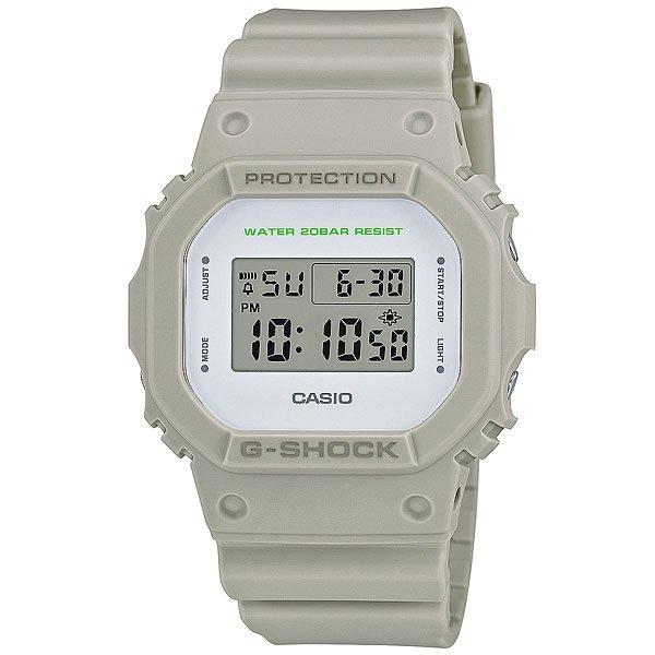 Электронные часы Casio G-Shock Dw-5600M-8E GreyНадежные наручные часы с необходимым набором функций в практичном корпусе из полимерного материала.Технические характеристики: Электролюминесцентная подсветка.Ударопрочная конструкция защищает от ударов и вибрации.LED-индикатор.Функция секундомера- 1/100 сек. - 24 часа.Таймер - 1/1 сек. - 24 часа  (с автоматическим повтором).Будильник с многофункциональными звуковыми сигналами.Автоматический календарь.12/24-часовое отображение времени.Минеральное стекло - прочное, устойчивое к царапинам минеральное стекло защищает часы от повреждений.Корпус из полимерного пластика.Ремешок из полимерного материала.Время работы аккумулятора - 2 года.Водонепроницаемость (20 Бар).Точность +/- 15 сек в месяц.<br><br>Цвет: серый<br>Тип: Электронные часы<br>Возраст: Взрослый<br>Пол: Мужской