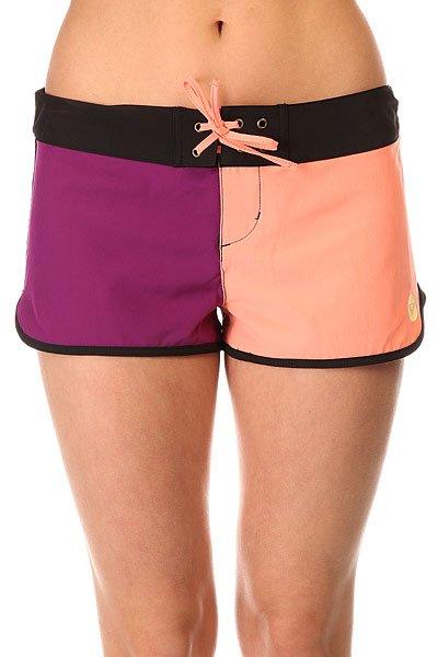Шорты пляжные женские Roxy Colors Bs Sunkissed CoralКороткие женские бордшорты Colors 2 от ROXY.Технические характеристики: Мягкий эластичный полиэстер.Застежка на шнуровке с металлическими люверсами.Фигурные края с контрастной отделкой.Принт в стиле color block.Задний карман на молнии.Логотип ROXY.<br><br>Цвет: фиолетовый,розовый<br>Тип: Шорты пляжные<br>Возраст: Взрослый<br>Пол: Женский