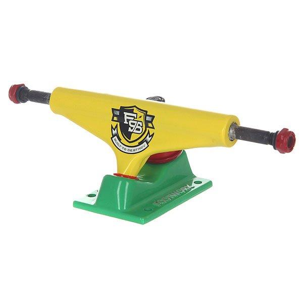 Подвески для скейтборда для скейтборда 2шт. Footwork Force Rasta 5 (19.7 см)Каждый год компания Footwork улучшает и модернезирует свои подвески, добавляя изменения в конструкцию, используя различные дизайны и цвета. В этом году главным новшеством стали улучшенные резинки!Характеристики:Размерная сетка подвесок: ширина деки 7.5-7.875 – ширина подвески 5 / ширина деки 7.875-8.125 – ширина подвески 5.25 / ширина деки 8.125-8.375 – ширина подвески 5.375.<br><br>Цвет: желтый,зеленый<br>Тип: Подвески для скейтборда