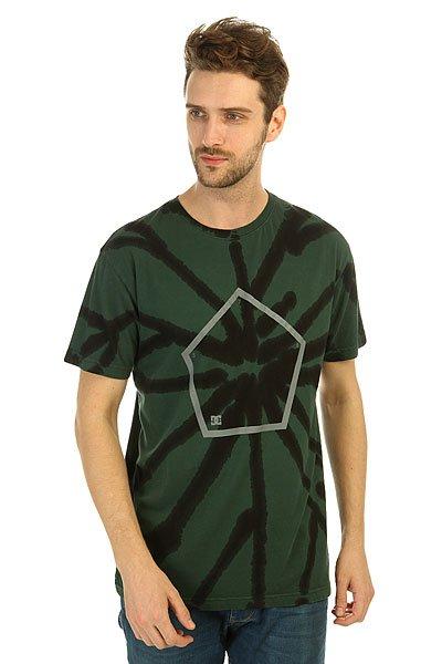 Футболка DC Reverser Deep TealКонтрастная мужская футболка с креативным принтом tie-dye Reverser от DC Shoes. Авторская модель от Evan Smith.Технические характеристики: Легкий натуральный трикотаж.Воротник с круглым вырезом.Короткие рукава.Свободный крой.Технология окраски tie-dye.<br><br>Цвет: зеленый,черный<br>Тип: Футболка<br>Возраст: Взрослый<br>Пол: Мужской