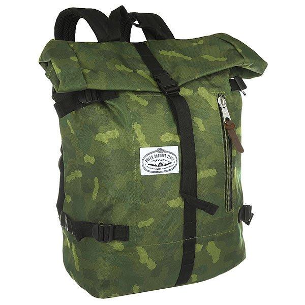 Рюкзак туристический Poler Retro Rucksack Green CamoМодель Poler Retro Rucksack - классический туристический рюкзак со всеми характеристиками, которые пригодятся в походе. Характеристики:Вместительное внутреннее отделение на утяжке. Отделение для ноутбука.Регулируемые плечевые лямки.Смягченная спинка. Лицевой карман на молнии. Логотип-нашивка на лицевой части.<br><br>Цвет: зеленый<br>Тип: Рюкзак туристический<br>Возраст: Взрослый<br>Пол: Мужской