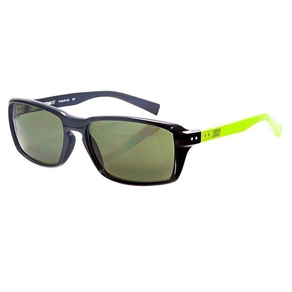 Очки Nike Optics Vintage Mdl. 87 Black/Cactus Green LensВинтажные очки в классической спортивной оправе в сочетании с богатой цветовой гаммой.Технические характеристики: Винтажный стиль.Оправа и линзы из ацетата.Ручная работа.100% защиты от УФ-лучей (UVA, UVB и UVC).Логотип Nike.Ширина оправы 15 см, длина дужки 14 см, высота оправы 4,5 см.<br><br>Цвет: черный,зеленый<br>Тип: Очки<br>Возраст: Взрослый<br>Пол: Мужской