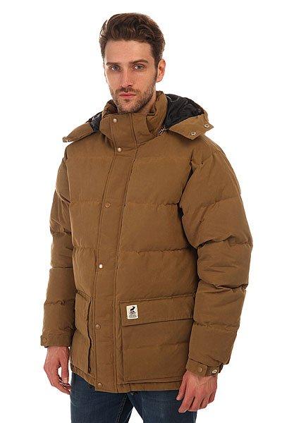 Куртка зимняя Fat Moose Urban Heat CamelТеплая и удобная зимняя куртка от датского бренда Fat Moose.Характеристики:Сверху ткань в два слоя обработана специальной восковой смесью, благодаря чему, куртка имеет высокий уровень водонепроницаемости и защищает от ветра. Внутренняя утепленная подкладка. Два кармана для рук. Качественные металлический замки YKK.Ветрозащитный клапан на кнопках. Съемный капюшон. Манжеты на кнопках.<br><br>Цвет: коричневый<br>Тип: Куртка зимняя<br>Возраст: Взрослый<br>Пол: Мужской