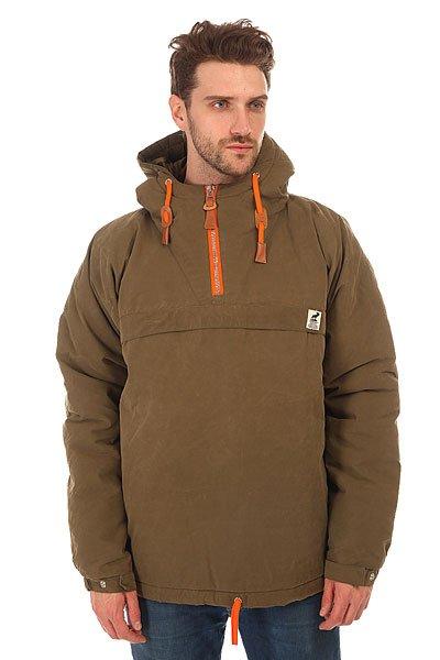 Анорак Fat Moose Sailor Anorak Army/OrangeSailor Anorak- это зимняя куртка от датского брендаFat Moose. Она утеплена подкладкой, которая согреет вас в самые сильные холода. Куртка сделана из непромокаемого материала, который так же защитит вас от сильного ветра. Качественные и долговечные застежки YKK, а так же удобные шнурки, благодаря которым анорак можно подогнать под себя!Характеристики:Внутренняя подкладка из тафты. Фиксированный капюшон с регулировкой. Внутренний карман на молнии. Лицевой карман на молнии.Застежка – молния до середины груди. Регулировка ширины пояса.Дополнительные разрезы на молниях по бокам.<br><br>Цвет: зеленый,оранжевый<br>Тип: Анорак<br>Возраст: Взрослый<br>Пол: Мужской