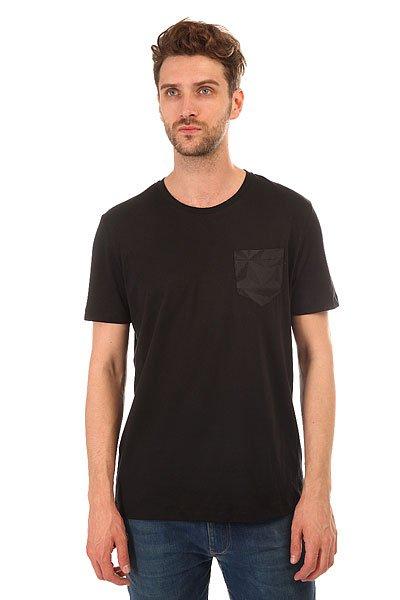 Футболка Le Coq Sportif Acar Tee BlackСтильная мужская футболка Le Coq Sportif выполнена из хлопкового трикотажа – то, что вы искали для летнего гардероба.Характеристики:Модель прямого кроя. Круглый вырез.Короткий рукав. Принт на груди.<br><br>Цвет: черный<br>Тип: Футболка<br>Возраст: Взрослый<br>Пол: Мужской