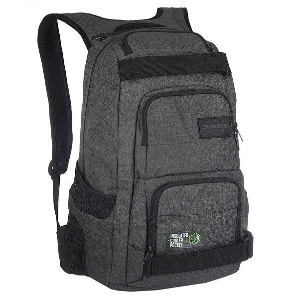 Рюкзак спортивный Dakine Duel CarbonБольшой, функциональный и практичный рюкзак с ремнями для крепления скейта. В этом рюкзаке Вы найдете все, что Вам нужно - множество удобных отделений для самых разных вещей, а также практичный дизайн на каждый день.Технические характеристики: Материал - полиэстер 600D.Основное отделение на молнии.Мягкий карман для ноутбука с диагональю экрана 14.Ремни для скейтборда.Герметичный кулер-карман для еды и напитков.Органайзер.Карман на флисовой подкладке для солнцезащитных очков.Сетчатые боковые карманы.Регулируемый нагрудный ремень.Эргономичные плечевые ремни и ручка.Логотип Dakine.<br><br>Цвет: серый<br>Тип: Рюкзак спортивный<br>Возраст: Взрослый<br>Пол: Мужской