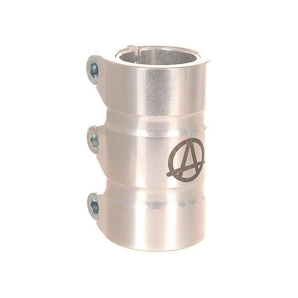 Зажимы Apex Scs Gama RawЗажим для самоката Apex Scs Gama. Характеристики:Материал: 90% алюминий, 10% сталь. Высота: 78 мм.Совместимость: рули типа SCS. Вес: 247 г.<br><br>Цвет: серый<br>Тип: Зажимы<br>Возраст: Взрослый<br>Пол: Мужской