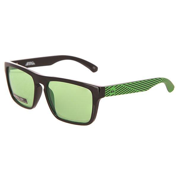 Очки детские Quiksilver Small Fry Black/Flash GreenСолнцезащитные очки в стильной оправе с ярким принтом и надежной защитой от солнечных лучей.Технические характеристики: Материал оправы Grilamid.Прочные линзы из поликарбоната.100% УФ защита от солнца.Линзы 3 категории защиты для очень солнечной погоды.Футляр в комплекте.<br><br>Цвет: черный,зеленый<br>Тип: Очки<br>Возраст: Детский