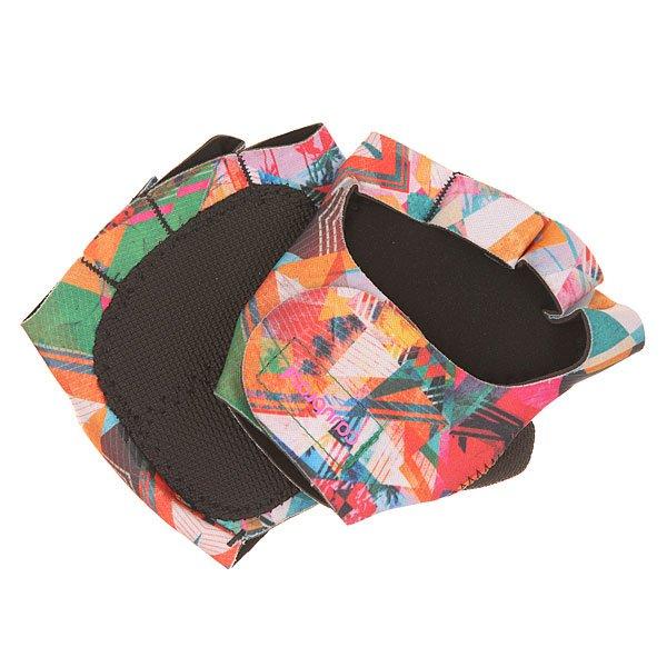 Перчатки женские CajuBrasil Luva Gloves MultiТехнологичные женские перчатки для фитнеса от CajuBrasil.Технические характеристики: Эргономичная форма.Манжета на липучке.Защита на большом пальце и ладонях.Логотип CajuBrasil.Технологии в тканях CajuBrasil: увеличение производительности и мышечной выносливости, улучшение физической работоспособности, быстрая сушка, защита от солнца и высокая степень сжатия.<br><br>Цвет: зеленый<br>Тип: Перчатки<br>Возраст: Взрослый<br>Пол: Женский