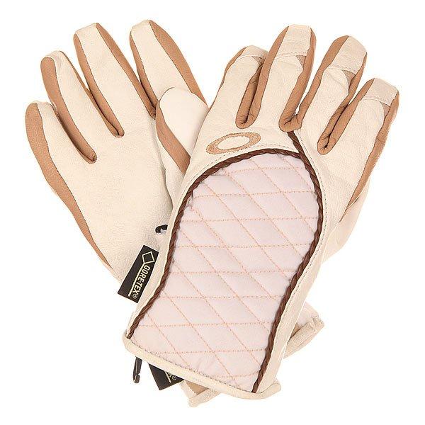 Перчатки сноубордические женские Oakley Port Glove WhiteКомфорт и защита в сложных погодных условиях в горах. Водонепроницаемая и дышащая мембрана GORE-TEX® блокирует попадание влаги сохраняя необходимый уровень комфорта длительное время. Перчатки имеют все необходимое, чтобы обеспечить серьезную защиту на склоне в течение всего дня.Технические характеристики: Водонепроницаемая и дышащая мембрана GORE-TEX®.Отделка ладоней из кожи для комфорта и ловкости.Стеганый мягкий корпус.Съемный лиш.Полиуретановая вставка на большом пальце.Застежка Hook &amp; Loop обеспечивает более плотное прилегание.<br><br>Цвет: белый,бежевый<br>Тип: Перчатки сноубордические<br>Возраст: Взрослый<br>Пол: Женский