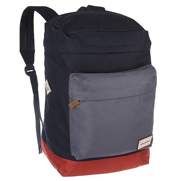 Рюкзак туристический Quiksilver Rucksack Edit Navy BlazerКомпактный мужской рюкзак с мягким отделением для ноутбука подойдет не только для коротких туристических походов, а также для учебы и активного отдыха.Технические характеристики: Основное отделение на молнии.Карман на молнии сверху.Большой передний карман на молнии.Мягкий карман для ноутбука.Мягкие плечевые ремни.Ручка для переноски.Логотип Quiksilver.<br><br>Цвет: черный,синий<br>Тип: Рюкзак туристический<br>Возраст: Взрослый