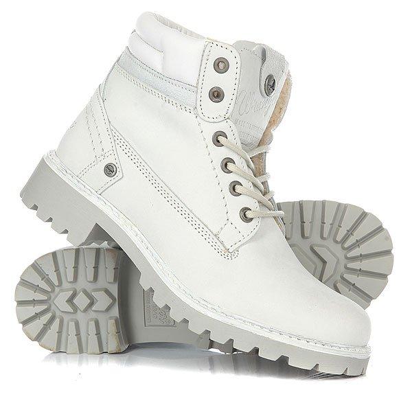 Ботинки зимние женские Wrangler Creek Fur IceОтличные женские ботинки от Wrangler. Вы можете носить данную модель ранней весной, осенью и зимой. Не взирая на погодные условия, Вы можете наслаждаться как городскими индустриальными пейзажами, так прохладными вечерами вдали от города.Характеристики:Верх из кожи. Утепленная внутренняя отделка из искусственного меха. Цельнокроеный носок. Усиленный смягченный манжет.Классическая круглая шнуровка с тонированными люверсами. Широкий массивный язычок с тиснением. Цепкая прошитая подошва с невысоким каблуком и абразивным протектором.<br><br>Цвет: белый<br>Тип: Ботинки зимние<br>Возраст: Взрослый<br>Пол: Женский