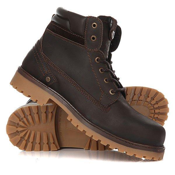 Ботинки зимние Wrangler Yuma Creek Fur BrownОтличные мужские ботинки от Wrangler. Вы можете носить данную модель ранней весной, осенью и зимой. Не взирая на погодные условия, Вы можете наслаждаться как городскими индустриальными пейзажами, так прохладными вечерами вдали от города.Характеристики:Характеристики:Верх из кожи. Утепленная внутренняя отделка из искусственного меха. Цельнокроеный носок. Усиленный смягченный манжет.Классическая круглая шнуровка с тонированными люверсами. Широкий массивный язычок с тиснением. Цепкая прошитая подошва с невысоким каблуком и абразивным протектором.<br><br>Цвет: коричневый<br>Тип: Ботинки зимние<br>Возраст: Взрослый<br>Пол: Мужской