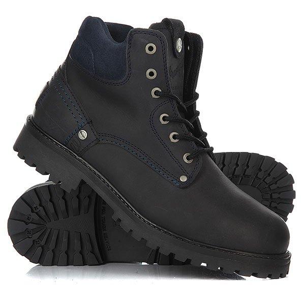 Ботинки зимние Wrangler Yuma Fur Dark NavyОтличные мужские ботинки от Wrangler. Вы можете носить данную модель ранней весной, осенью и зимой. Не взирая на погодные условия, Вы можете наслаждаться как городскими индустриальными пейзажами, так прохладными вечерами вдали от города.Характеристики:Характеристики:Верх из нубука. Утепленная внутренняя отделка из искусственного меха. Цельнокроеный носок.Усиленный смягченный манжет.Классическая круглая шнуровка с тонированными люверсами. Широкий массивный язычок с тиснением. Цепкая прошитая подошва с невысоким каблуком и абразивным протектором.<br><br>Цвет: синий<br>Тип: Ботинки зимние<br>Возраст: Взрослый<br>Пол: Мужской