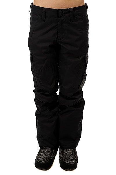 Штаны сноубордические женские DC Ace BlackСноубордические штаны Ace с мембраной EXOTEX 10 для надежной водонепроницаемой и дышащей защиты, которая удачно дополнена утеплителем и проклеенными швами в самых уязвимых местах.Технические характеристики: Мембрана EXOTEX 10.Технологичный текстиль кареточного плетения.Теплая и уютная подкладка из тафты.Утеплитель 40 г.Критические швы проклеены.Вентиляция за счет сеточных вставок.Система пристегивания куртки к штанам.Регулировка талии с изнанки.Эргономичный крой с акцентированной областью колена.Гетры для сноубордического ботинка с водоотталкивающей пропиткой DWR.Вставка на кнопке для регулировки ширины нижней части штанины.Карманы с утепленной подкладкой.Карманы-карго с защитным клапаном на липучке Velcro.Задние карманы на липучке Velcro.Система утяжки краев штанин для предотвращения их износа и загрязнения.<br><br>Цвет: черный<br>Тип: Штаны сноубордические<br>Возраст: Взрослый<br>Пол: Женский