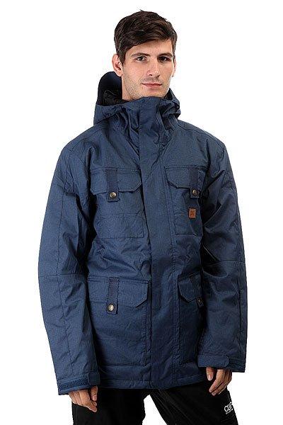 Куртка DC Servo Insignia BlueСноубордическая куртка DC Servo призвана обеспечить Вам максимальный комфорт при катании в любую погоду. Влагостойкая ткань Exotex 15K надежно защитит от промокания, а подкладка из тафты добавит мягкости и удобства.Характеристики:Влагостойкая ткань Exotex 15K (15 000 мм. / 15 000 г.). Утеплитель 80гр тело и 40гр рукава. Стандартный крой. Проклеенные критические швы. Сетчатые карманы для вентиляции. Снегозащитная юбка. Капюшон с 3 вариантами регулировки. Внутренние манжеты из лайкры. Регулируемые манжеты на липучке. Капюшон с козырьком. Карман на молнии на рукаве для ски-пасса. Нагрудные карманы на кнопках. Передние карманы на кнопках сверху и на молнии сбоку.Перекрестные швы на спине. Внутренний сетчатый карман. Медиа-карман.Подкладка: тафта.<br><br>Цвет: синий<br>Тип: Куртка утепленная<br>Возраст: Взрослый<br>Пол: Мужской