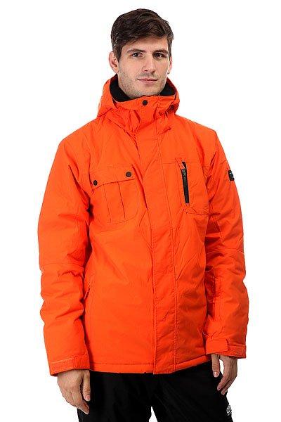 Куртка Quiksilver Mission Solid Nmj0 FlameПрактичная мужская куртка в яркой цветовой гамме. Куртка имеет легкий, свободный крой, дополнена защитной мембраной DryFlight® 10К и надежным утеплителем Warmflight® 2 уровня.Технические характеристики: Мембрана DryFlight® 10K.Нейлоновая саржа.Утеплитель Warmflight® (тело 120 г, рукава 100 г, капюшон 80 г).Подкладка из тафты и сетки с трикотажными вставками с начесом.Критические швы проклеены.Сеточные вставки подмышками для вентиляции.Система пристегивания куртки к штанам.Регулируемый капюшон.Карман для скипасса.Внутренний карман для маски.Фиксированная снежная юбка из синтетической тафты.Брелок для ключей.Подол на утяжке.Застежка на молнии и липучках.<br><br>Цвет: оранжевый<br>Тип: Куртка утепленная<br>Возраст: Взрослый<br>Пол: Мужской