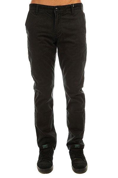 Штаны прямые Quiksilver Everyday Chino BlackВ брюках-чинос Everyday нет ничего обыденного. Зауженный крой, а также качественная мягкая саржа, из которой они сшиты, делают эти брюки стильным орудием в гардеробе современного мужчины.Технические характеристики: Качественный мягкий хлопок саржевого плетения.Слегка зауженный крой.Изделие прошло интенсивную смягчающую силиконовую и энзим обработку.Петли на поясе.Карманы для рук и задние карманы.Логотип Quiksilver.<br><br>Цвет: черный<br>Тип: Штаны прямые<br>Возраст: Взрослый<br>Пол: Мужской
