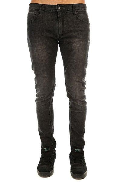 Джинсы узкие Quiksilver Killing Zone32 Vintage BlackОблегающие мужские джинсы из комфортного денима. Будьте уверены в своих мыслях и поступках, а уж в джинсах сомневаться Вам точно не придется!Технические характеристики: Удобная эластичная ткань.Деним средней плотности.Облегающий крой.Винтажный стиль.Пять карманов, включая карман для мелочи.Петли для ремня.Нашивка с логотипом Quiksilver.<br><br>Цвет: черный<br>Тип: Джинсы узкие<br>Возраст: Взрослый<br>Пол: Мужской