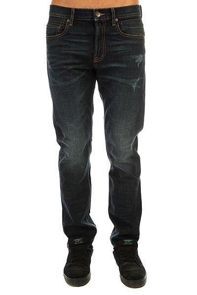 Джинсы прямые Quiksilver Revolagyb32 Agy BlueКлассические прямые джинсы из натурального хлопка в винтажном стиле.Технические характеристики: Качественный хлопок.Деним средней плотности.Прямой крой.Винтажный стиль.Пять карманов, включая карман для мелочи.Петли для ремня.Кожаная нашивка с логотипом Quiksilver.<br><br>Цвет: синий<br>Тип: Джинсы прямые<br>Возраст: Взрослый<br>Пол: Мужской