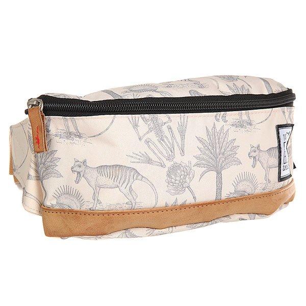 Сумка поясная The Pack Society Bum Bag Fossile AlloverСтильная и вместительная поясная сумка The Pack Society – разбавь свою осень стильным принтом.Характеристики:Застежка на молнии.Регулируемый ремешок. Логотип-нашивка.<br><br>Цвет: белый<br>Тип: Сумка поясная<br>Возраст: Взрослый<br>Пол: Мужской