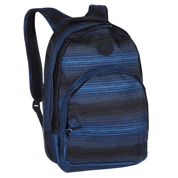 Рюкзак городской Nixon Grandview Backpack Blue MultiКачественный и функциональный рюкзак в удобном дизайне. Nixon лично проверяет качество сумок и рюкзаков путешествуя по миру. Будьте готовы перейти на новый уровень!Технические характеристики: Полиэстер 600D.Подкладка из нейлона 210D с тиснением.Большое основное отделение на молнии.Подвес для крепления дополнительного груза.Передний карман на молнии с внутренним органайзером, включая карман для часов.Внутренний карман для ноутбука.Мягкая и усиленная спинка.Мягкие лямки.Логотип Nixon из синтетической замши.<br><br>Цвет: черный,синий<br>Тип: Рюкзак городской<br>Возраст: Взрослый