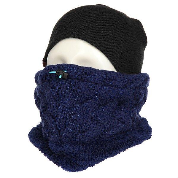 Шарф труба женский Roxy Love&amp;snowcollar Blue PrintПервый в мире шарф, который заботится о Вашей коже. Ледяной ветер, сухой воздух, сильный мороз или постоянное трение вследствие контакта с текстилем экипировки – все это способно привести к обезвоживанию и раздражению кожи, особенно кожи лица и шеи. Объединив свои разработки и многолетний опыт, торговые марки ROXY и BIOTHERM представляют линейку ENJOY &amp; CARE – уникальный модельный ряд аксессуаров, которые по-настоящему заботятся о Вашей коже.Технические характеристики: Технология Biotherm X ROXY ENJOY &amp; CARE - изделие пропитано особым питательным косметическим составом, защищающим кожу от холода и ветра во время активного отдыха.Отделка люрексом.Утяжка в верхней части шарфа для более плотного прилегания.Нашивка Roxy.<br><br>Цвет: синий<br>Тип: Шарф труба<br>Возраст: Взрослый<br>Пол: Женский