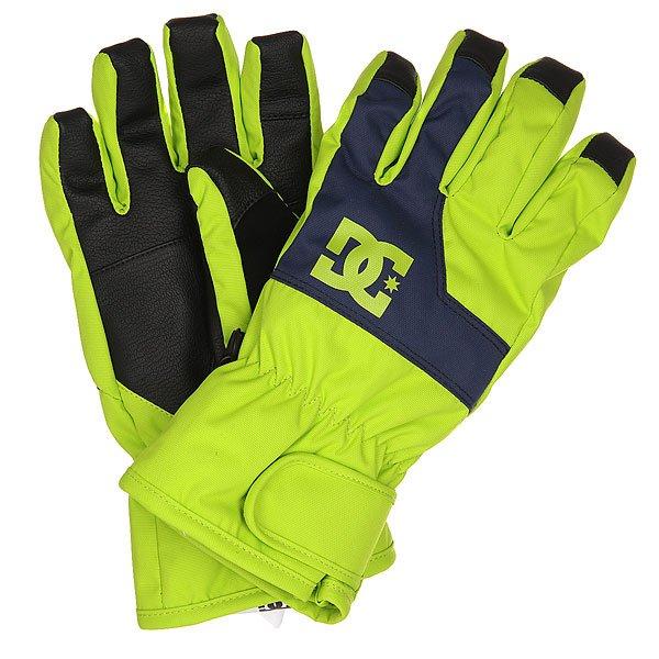 Перчатки сноубордические детские DC Seger Glove Tender ShotsОставатьс не только в тепле, но и на свзи позволт перчатки DC Seger, снабженные совместимой с сенсорными кранами вставкой на указательном пальце. Помимо утеплител перчатки снабжены влагостойким слоем с показателем 10000мм, который позволит рукам оставатьс в сухости и тепле, а классический дизайн позволит сочетатьсDC Seger с лбыми катальными куртками и штанами.Характеристики:Утеплитель 150г.Влагостойка вставка 10000мм. Совместимое с сенсорными кранами покрытие на указательном пальце. Регулируемые на липучке манжеты. Замшева вставка на большом пальце. Фирменный логотип на фронтальной стороне. Состав: 100% полиуретан.<br><br>Цвет: зеленый<br>Тип: Перчатки сноубордические<br>Возраст: Детский