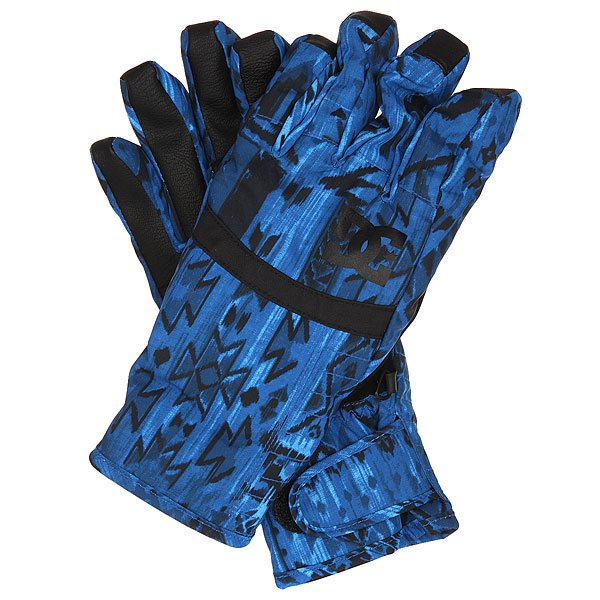 Перчатки сноубордические женские DC Seger Glove TribalПрактичные женские перчатки, сочетающие в себе отличный внешний вид и функционал.Технологичный мембранный материал Exotex 10K в сочетании с утеплителем 150 г гарантированно убережет Вас от холода и влаги, обеспечив комфорт в любую погоду.Специальный материал на указательном пальце даст возможность управлять сенсорным экраном прямо в перчатках, а замшевая вставка на большом пальце позволит в одно движение протереть линзу маски. Характеристики:Водостойкая и дышащая мембранная ткань Exotex 10K. Утеплитель 150 г. Подкладка из трикотажа с начесом. Регулируемые манжеты на липучке. Вставка на указательном пальце для управления сенсорными экранами. Ладонь из искусственной кожи. Замшевая вставка на большом пальце для протирания линзы маски. Регулируемый ремешок. Состав: 100% полиуретан.<br><br>Цвет: синий,черный<br>Тип: Перчатки сноубордические<br>Возраст: Взрослый<br>Пол: Женский