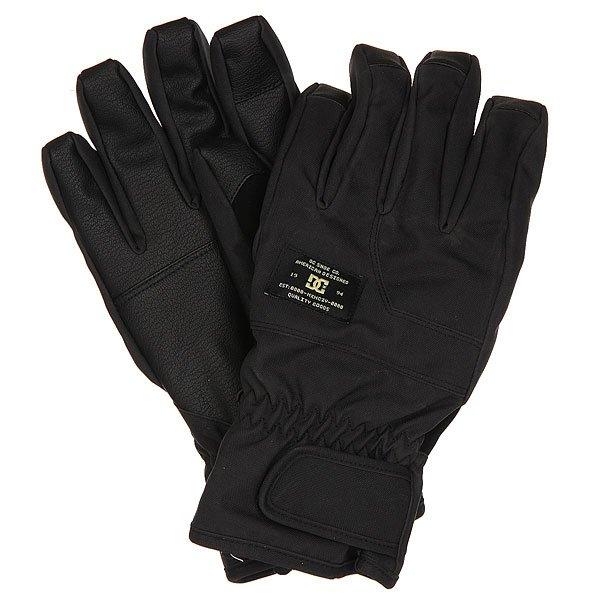 Перчатки сноубордические DC Seger Glove BlackТеплые и водонепроницаемые перчатки, с которыми Вы всегда будете на связи. Благодаря специальной вставке на указательном пальце, Вы сможете без проблем пользоваться гаджетами и при этом не мерзнуть на холоде.Характеристики:Мембранный материал 10К. Утеплитель 150 г. Специальная вставка на указательном пальце, позволяющая пользоваться сенсорным экраном. Вставка из замши на большом пальце для протирания маски.Регулируемая манжета на липучке. Регулируемый шнурок. Фирменный логотип. Материал: вощеный полиэстер, полиуретан и замша.<br><br>Цвет: черный<br>Тип: Перчатки сноубордические<br>Возраст: Взрослый<br>Пол: Мужской
