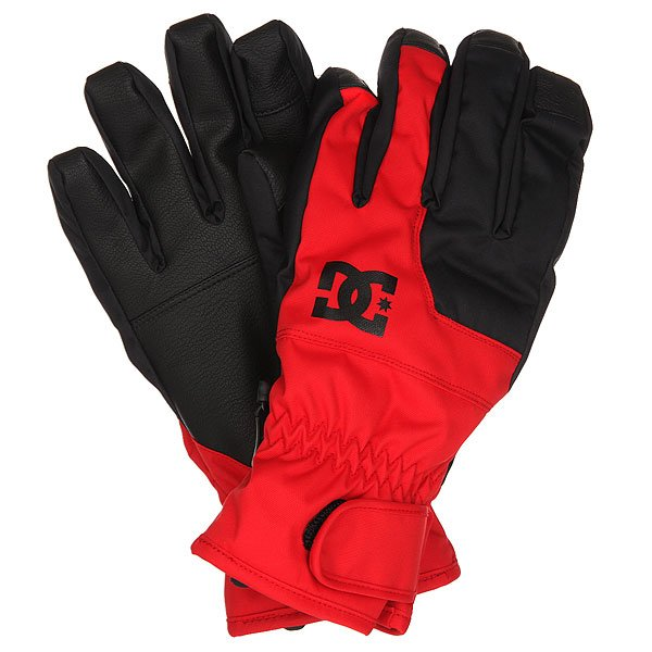 Перчатки сноубордические DC Seger Glove Racing RedТеплые и водонепроницаемые перчатки, с которыми Вы всегда будете на связи. Благодаря специальной вставке на указательном пальце, Вы сможете без проблем пользоваться гаджетами и при этом не мерзнуть на холоде.Характеристики:Мембранный материал 10К. Утеплитель 150 г. Специальная вставка на указательном пальце, позволяющая пользоваться сенсорным экраном. Вставка из замши на большом пальце для протирания маски.Регулируемая манжета на липучке. Регулируемый шнурок. Фирменный логотип. Материал: вощеный полиэстер, полиуретан и замша.<br><br>Цвет: черный,красный<br>Тип: Перчатки сноубордические<br>Возраст: Взрослый<br>Пол: Мужской