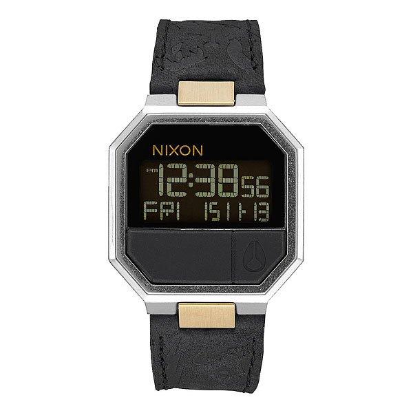 Электронные часы Nixon Re-Run Leather Black/BrassNixon Re-Run Leather гармонично соединили в себе невозможное: корпус из 80-годов, футуристический дисплей и кожаный ремешок и получилась неожиданно стильная и яркая вещь, готовая удивить любого искушенного ценителя небольших аксессуаров. Эти часы чем-то напоминают олдскульный калькулятор из эпохи, когда путешествия во времени казались вполне вероятными и возможными.Характеристики:Электронный цифровой модуль. Функция инвертирования ЖК-дисплея. Функции: часы, минуты, секунды, цифровой календарь, будильник, подсветка, таймер обратного отсчета. Корпус из нержавеющей стали. Задняя крышка из нержавеющей стали. Закалённое минеральное стекло. Водонепроницаемость: 30 метров. Силиконовые литые кнопки.<br><br>Цвет: красный,синий,белый<br>Тип: Электронные часы<br>Возраст: Взрослый<br>Пол: Мужской