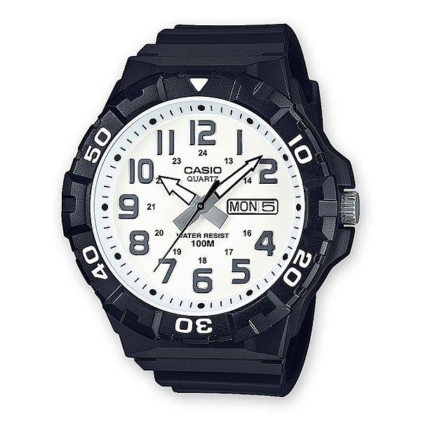 Электронные часы Casio Collection Mrw-210h-7aНедорогие спортивные часы исполненные в стилистике дайверских часов. Большие, легкочитаемые стрелки со светонакопителем, поворотный безель и резиновый ремешок.Характеристики:Точный кварцевый механизм.Центральная секундная стрелка. Окошко даты и дня недели. Точность хода не хуже от -10 до +20 сек. в месяц. Минеральное стекло устойчивое к возникновению царапин. Светонакопительный состав на стрелках. Водозащита до 10 АТМ.Поворотный безель. Прочный резиновый ремешок. Простая ремешковая застежка. Срок службы батареи 3 года.<br><br>Цвет: черный,белый<br>Тип: Электронные часы<br>Возраст: Взрослый