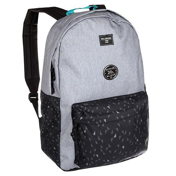 Рюкзак городской Billabong All Day Grey HeatherВозьми с собой все, что нужно! Этот классический рюкзак сочетает в себе утилитарный стиль и практичность в солидной цветовой гамме.Технические характеристики: Большое основное отделение на молнии.Передний карман на молнии.Регулируемые мягкие лямки.Ручка.Цветовое решение ColorBlock.<br><br>Цвет: серый,черный<br>Тип: Рюкзак городской<br>Возраст: Взрослый<br>Пол: Мужской