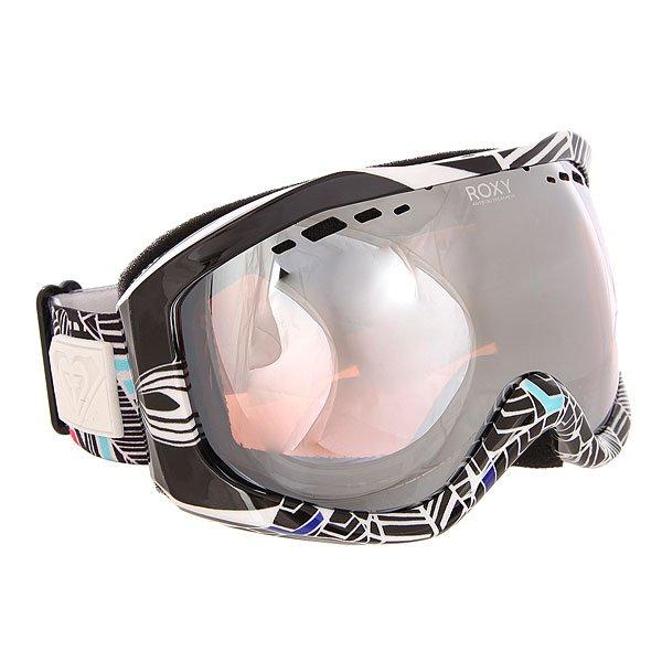 Маска для сноуборда женская Roxy Sunset Art Series Ha-hui True BlackНеобычный дизайн масок Sunset Art Series от Roxy сразу привлекает к себе внимание.Характеристики:Яркие, стильные, оригинальные маски обладают ударопрочной сферической линзой с 3D сетчатыми фильтрами, которая обеспечивает широкое поле зрения, сводит к минимуму искажения. Также линза на 100% защищает от ультрафиолетового излучения. Антифоговое покрытие не дает маске запотевать изнутри.Прочная оправа выполнена из полиуретана для обеспечения комфортной посадки и обладает отличной системой вентиляции. Широкий регулируемый ремешок с накладкой против скольжения.<br><br>Цвет: черный,мультиколор<br>Тип: Маска для сноуборда<br>Возраст: Взрослый<br>Пол: Женский
